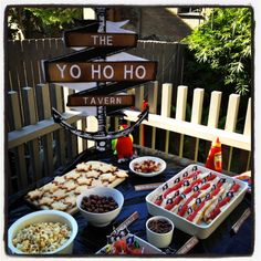 pirate party food and party ideas - plus games /costumes