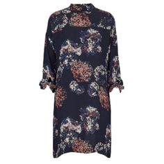 Fleur Floral Print Dress ($77) ❤ liked on Polyvore featuring dresses, blue white floral dress, loose fitting dresses, high neck floral dress, loose sleeve dress and flower printed dress