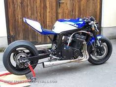 Suzuki GSX-R custom with megaphone 4-into-1 exhaust, solo seat and extended swingarm