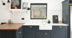 New kitchen marble sink counter tops ideas Shaker Style Kitchen Cabinets, Shaker Style Kitchens, Kitchen Cabinet Styles, Shaker Kitchen, Kitchen Tiles, Shaker Cabinets, Wood Worktop Kitchen, Kitchen Cupboards, Devol Kitchens