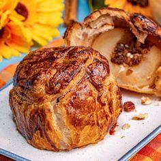 Romanian Desserts, Romanian Food, Food Quotes, Vegan Cake, Food Packaging, Apple Recipes, Food Design, Diy Food, Food Truck