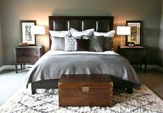 The Chic Technique: Robin Gonzales Interiors Masculine Bedroom/flokati rug Country Bedroom Design, French Country Bedrooms, Home Decor Bedroom, Bedroom Wall, Bedroom Ideas, Bedroom Rustic, Bed Ideas, Bedroom Furniture, Home Design