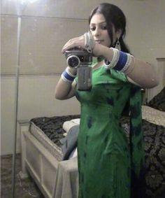 Qabilah Teen Desi Beautiful Lahori Gir Using Camera