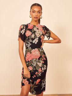 Reformation For The Real Life Dresses Of Your Dreams! - We Select Dresses Sheath Dress, Bodycon Dress, Floral Dress Design, Librarian Style, Tulip Sleeve, Georgette Fabric, Online Fashion Stores, Nordstrom Dresses, Cute Dresses