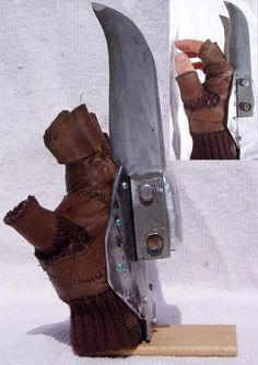 Great Knife - Details by Wraith-Flametail on DeviantArt Like Freddy Krueger on steroids! Cool Knives, Knives And Swords, Zombie Apocalypse Weapons, Armas Ninja, Homemade Weapons, The Claw, Weapon Concept Art, Arte Horror, Fantasy Weapons