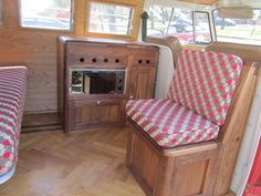 Gargan Bus interior in walnut by ATT Eurovan Camper, Kombi Camper, Vw Vanagon, Kombi Home, Vw T1, Volkswagen Beetles, Volkswagen Golf, Volkswagen Bus Interior, Campervan Interior