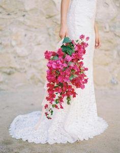 Bougainvillea Inspired Wedding Ideas | Ruffled #weddingflowers