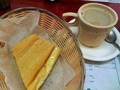 Así son los desayunos alrededor de todo el mundo-CUBA,café con leche endulzado, y pan tostado untado de manteca.