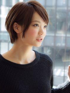 30代に似合う!大人の抜け感ショートヘアスタイル&髪型|All About(オールアバウト)