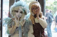 OMG, Minori (left) meets Deer Alice in gay Paris! Deer Alice