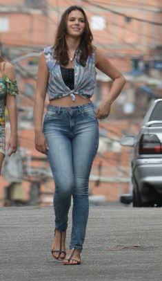 I Love Paraisópolis: 18 looks de Mari, a protagonista de Bruna Marquezine