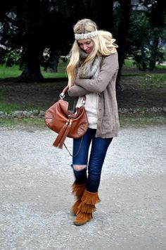 Get this look and your Minnetonka boots at Shoedipity.com.