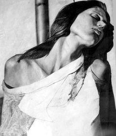 As pinturas hiper-realistas de retratos e naturezas-mortas de Emanuele Dascanio - Belas moças