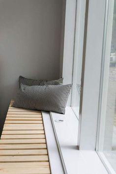 window seat and radiator cover Diy Radiator Cover, Radiator Cap, Window Seat Kitchen, Window Benches, Interior Architecture, Interior Design, Radiators, Home And Living, Furniture Design
