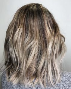34 Sweetest Caramel Highlights on Light to Dark Brown Hair 20 Remarkable Dark Ombre Hair Color Ideas Dark Brown Hair With Caramel Highlights, Purple Hair Highlights, Dark Ombre Hair, Grey Blonde Hair, Brown To Blonde Ombre, Balayage Hair Blonde, Hair Color Dark, Colored Highlights, Ombre Hair Color