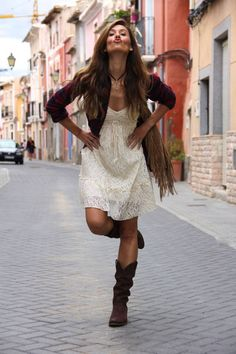 Romantic Cowgirl...Love everything about this outfit.