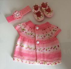 Matinee gift set. Newborn size. Jacket, shoes and headband. - The Supermums Craft Fair