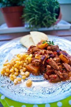Hot pineapple chili i Crock Pot Chana Masala, Slow Cooker Recipes, Crock Pot, Chili, Pineapple, Lunch, Dinner, Vegetables, Ethnic Recipes