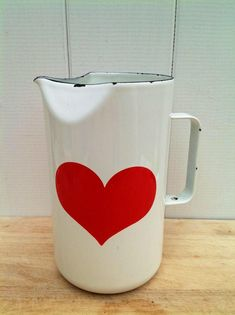 finel enamel - Google Zoeken Laura Rose, Mid Century Design, Finland, Glass Vase, Enamel, Display, Retro, Vintage, Heartbeat