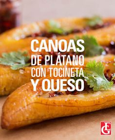 Excelsior Gama | Canoas de plátano con tocineta y queso Snack Recipes, Cooking Recipes, Healthy Recipes, Hot Dog Buns, Hot Dogs, Puerto Rican Recipes, Looks Yummy, Sandwiches, Chips