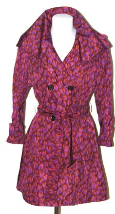 View this item and discover similar for sale at - This coat from the Stephen Sprouse collection for Louis Vuitton is double-breasted and features two front pockets, snapped epaulettes and a belted waistline Long Sleeve Sweater, Long Sleeve Tops, Long Overcoat, Cashmere Dress, Louis Vuitton, Loose Fitting Tops, Belted Coat, Purple, Trench