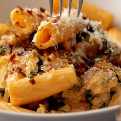 Date Night Rigatoni! AMAZING rigatoni with sausage, kale, tomato cream sauce, Parmesan, and red pepper flakes! Perfect for date night! I Love Food, Good Food, Yummy Food, Tasty, Cooking Recipes, Healthy Recipes, Pasta Recipes, Rigatoni Recipes, Potato Recipes