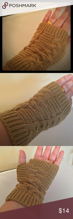 🆕Warm Knit Camel🍂 Fingerless Gloves🆕 🆕Just in! Get ready for the cooler weather with these fingerless gloves. Love the Camel color, goes with everything right now in fall! This listing is for one pair of gloves, my wedding ring is not included 😂I ship same or next business day. Offers Welcome😊 Jessie's Accessories Accessories Gloves & Mittens