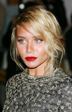 Ashley Olsen rocking the red lip