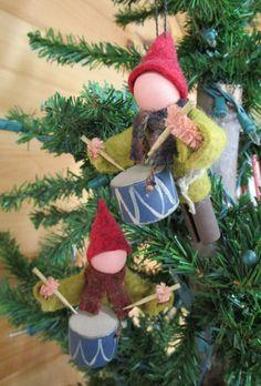 Little Drummer Boy Christmas Ornament por ModerationCorner en Etsy