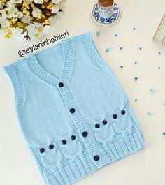 "5,032 Beğenme, 94 Yorum - Instagram'da BEBEK ÖRGÜLERİ SAYFASI (@bebegim_orgulerim): ""Günümüz aydın cumamız - Salvabrani Knitting Paterns, Baby Knitting, Cross Stitch Baby, Chain Stitch, Crochet Yarn, Crochet Projects, Kids Fashion, Pattern, Sweaters"