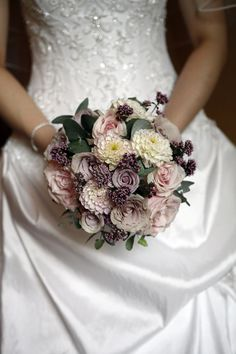 bouquet by Firenza Floral Design | photography by Butterworth Photography