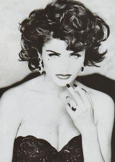 Helena Christensen for Vogue France, September 1992, photographer: Max Vadukul