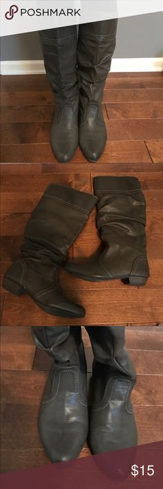 Women's Grey Boots - Like new! Beautiful Grey Tall Boots - Like New! Very Comfortable.  Neutral Color Goes With Everything! All reasonable offers excepted. Shoes Heeled Boots