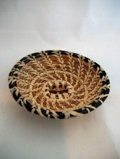 Stunning pine needle basket with black pine needle trim