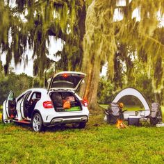 Good morning! Our second day of vacation in the GLA begins right where we left off. The possibilities for adventure seem as endless as our gear.  #MBPhotoPass @flareaffair  #Mercedes #Benz #GLA #GLA250 #SUV #instacar #carsofinstagram #germancars #luxury #FL #Florida #MBphotocredit