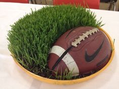 center piece for football party