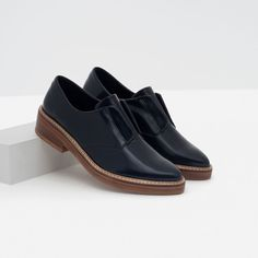 Image 3 of ANTIK LEATHER BLUCHERS from Zara