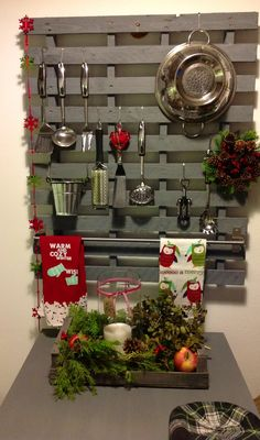 Kitchen pallet by Maria...This would even be a good idea for Allan's tools in the laundry area