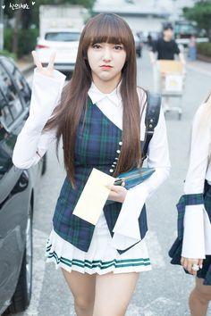 Designer Clothes, Shoes & Bags for Women Asian Cute, Cute Asian Girls, Beautiful Asian Girls, Cute Girls, Cool Girl, Cute School Uniforms, Girls Uniforms, Skinny Asian, Cheng Xiao