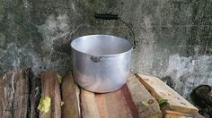 Vintage Bestmade Twelve Quart Aluminum Pot with Hanging Handle