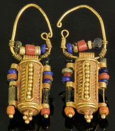 Etruscan (Italy), Earrings, glass beads/gold, c. 400 BC. These made me wonder about the lady who once wore them.