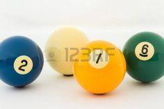 Bolas de billar. amarilla 1, Azul 2, verde 6 y blanca.