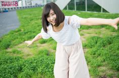 AKB48 Team 8 の私服グラビアが、連載としてスタート! 毎週土曜日、日曜日に各2名づつ、厳選した撮りおろしグラビアを公開します。 ■ [連載]AKB48 Team 8 私服グラビア             [PROFILE] AKB48 Team 8 新潟県代表 佐藤 栞 (さとう・しおり) 1998年2月3日生まれ 公式プロフィール: http://toyota-team8.jp/member/sato_shiori.php ◆8月15日(月) 「テレビ朝日・六本木ヒルズ 夏祭りSUMMER STATION 音楽ライブ」 に、AKB48 Team 8の出演が決定     ■ グラビア の記事一覧 ■ AKB48 Team 8 の記事一覧 ■ [連載]AKB48 Team 8「いま、◯◯したい!」     撮影=時永大吾
