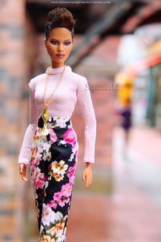 Pink peach in the middle of New York Barbie