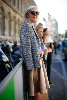 Paris Fashion Week #pfw #paris #streetstyle Paris Fashion, Personal Style, Fur Coat, Street Style, Female, Elegant, My Style, Sweaters, Jackets