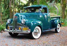 Vintage cars and trucks transportation ideas for 2019 Jeep Pickup Truck, Classic Pickup Trucks, Pickup Camper, Vw Camper, Vintage Trucks, Old Trucks, Lifted Trucks, Small Trucks, Lifted Ford