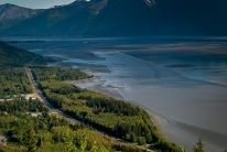 The drive from Anchorage to Seward is incredibly scenic. Find all the best viewing spots with our interactive map and guide to this drive.