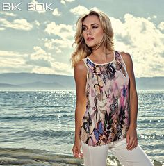 A essência do verão é o que você vai precisar para se sentir mais bela. #Bemvindaprimavera --- #Summercollection ---