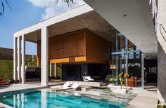 Contemporary Residence In Botucatu, Brazil