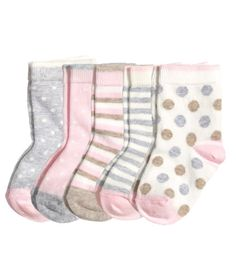 5-pack baby socks: H&M. One pack in 3mo size, one in 6mo size, one in 12mo size would make a great shower gift